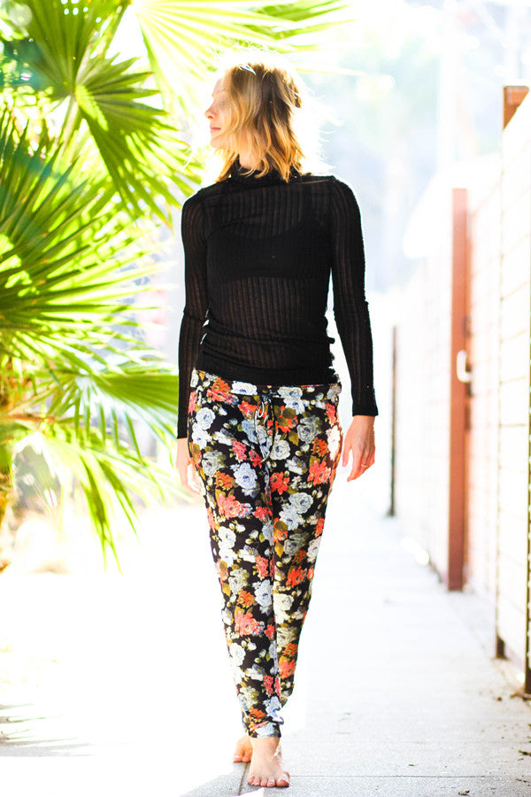 Floral Roll Waist Pant