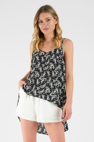 Long Pocket Tank