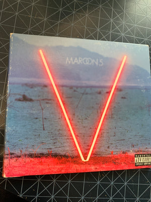 Maroon 5 - V -  Used CD