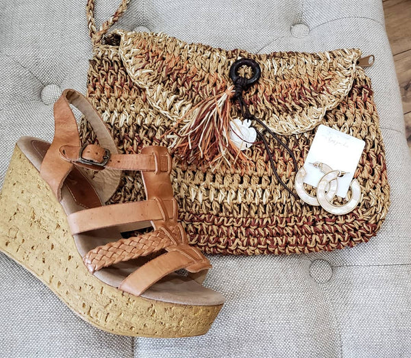 Straw Crochet Clutch with Mother of Pearl Turtle & Tassel Detail