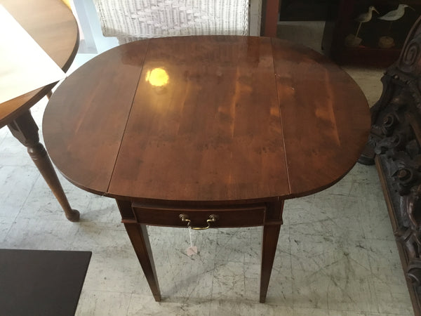 Mahogany  Leaf table