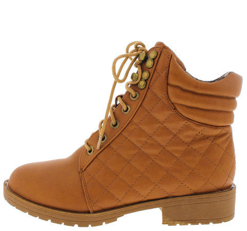 TIMBER015 CAMEL QUILTED LACE UP ANKLE BOOT