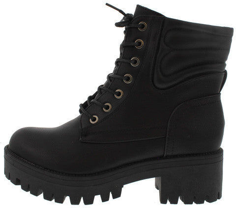 WILLY2 BLACK LACE UP LUG SOLE ANKLE BOOT