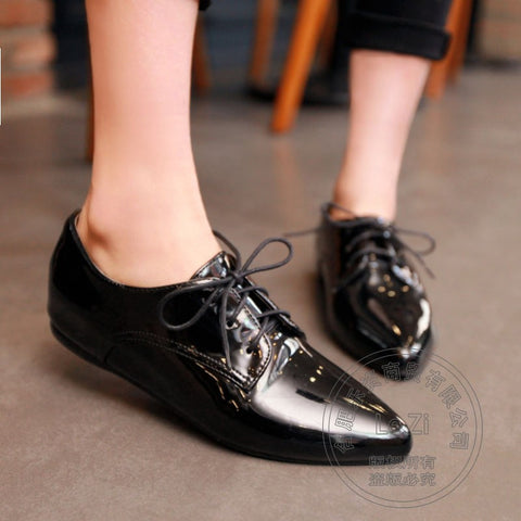 2013 Classic Ladies Work Office Shoes Black Patent Genuine Leather Low Heel Lace Up Pointed Toe Oxfords For Women Booties