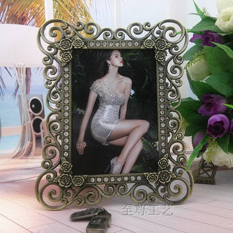 10 inch hollowed-out photo frame metal vintage picture frame wedding decoration wedding favors and gifts