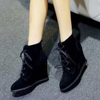 2015 new arrival autumn genuine leather women ankle boots unique cow muscle lace up solid wedges high heels ladies boots