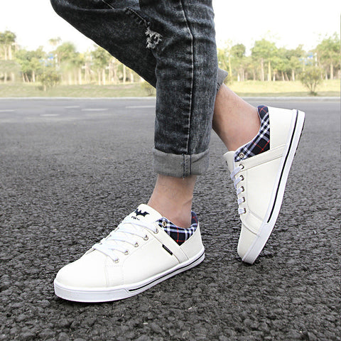 2015 new fashion sneakers for men lace up low patchwork flats casual round toe shoes size 6~10 three colors