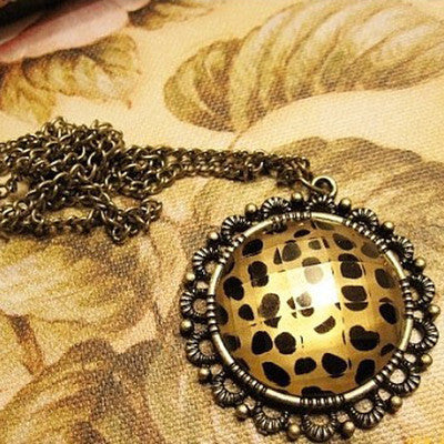 $10 (mix order) Free Shipping 2013 New Fashion Vintage Sexy Leopard Grain Circular Pendant Necklace Chain N111 Jewelry 15g