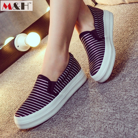 2016 New Fashion Comfortable Women Loafers Casual Shoes Classic Women Canvas Shoes Stripe Flat Womens Height Increasing Loafers