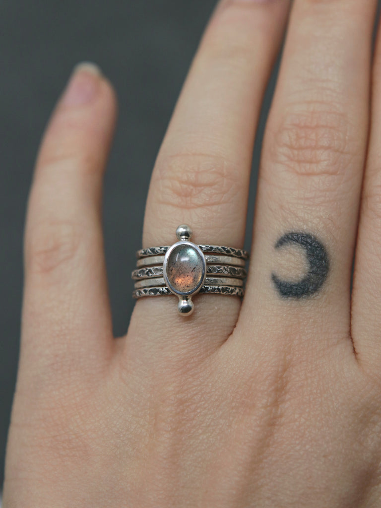 Polar Relic Ring in Labradorite - Size 5.5, 8