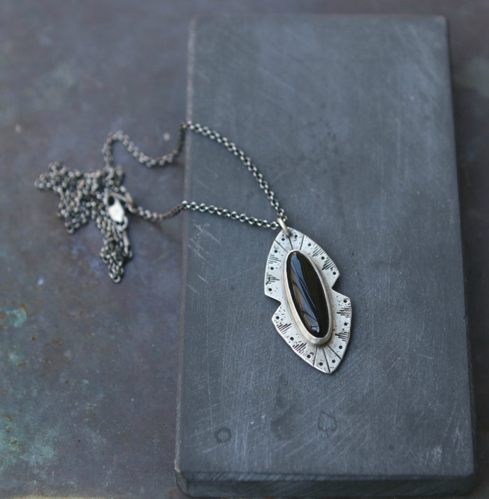 Rogue River Necklace in Onyx