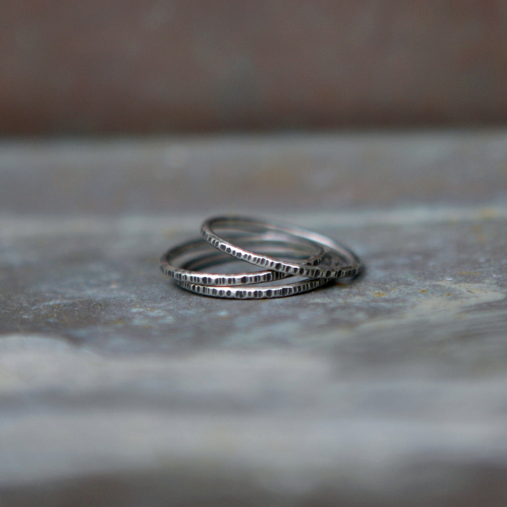Linear Stacking Ring