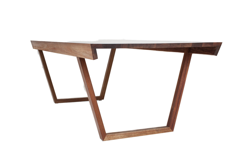 Justin Hutchinson - 15 Degree table