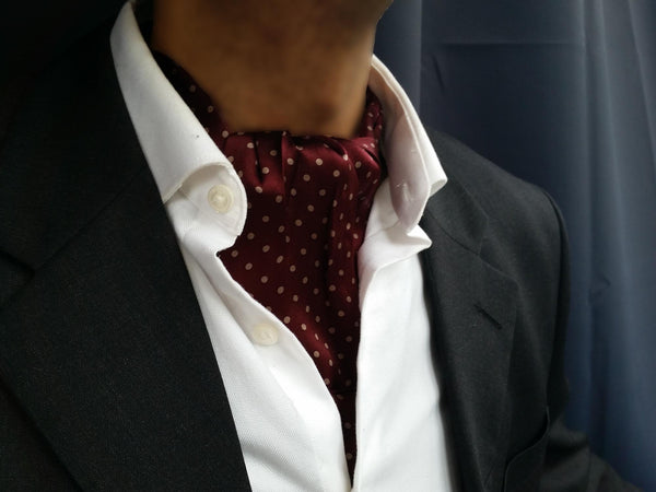 ascot tie for sale burgundy dots essex