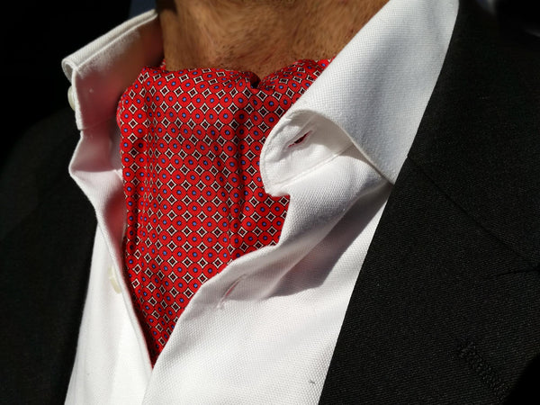 The Hunter Silk Ascot (Red)