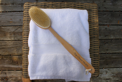Dry Body Brushing for Healthy Skin