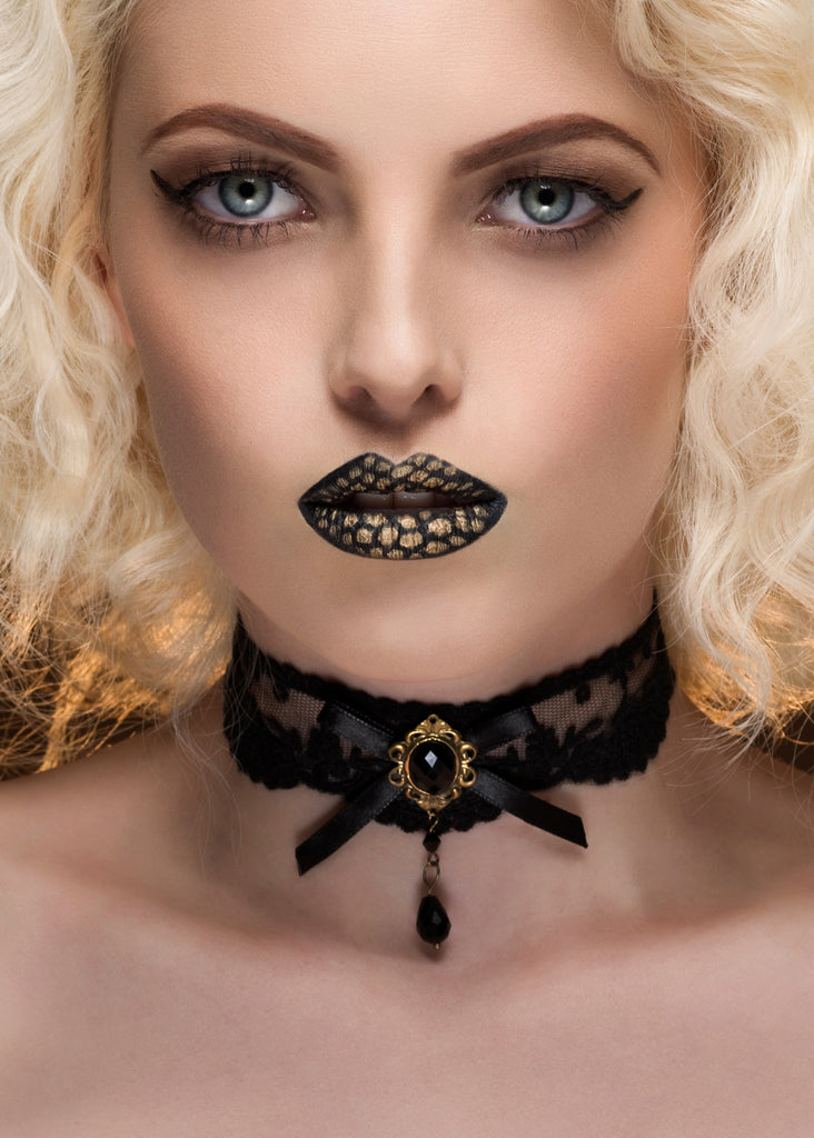 Eternal Lace Choker
