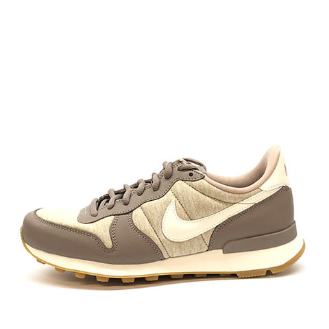 Nike Internationalist Stone Creme