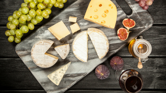 Cheese platter for Christmas - wine recommendations