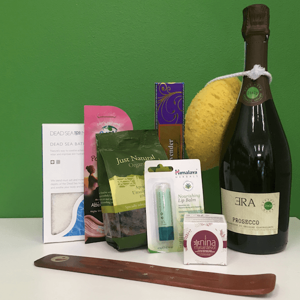 Organic Pamper Hamper with Prosecco for One