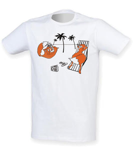 Foxes on the beach men t-shirt