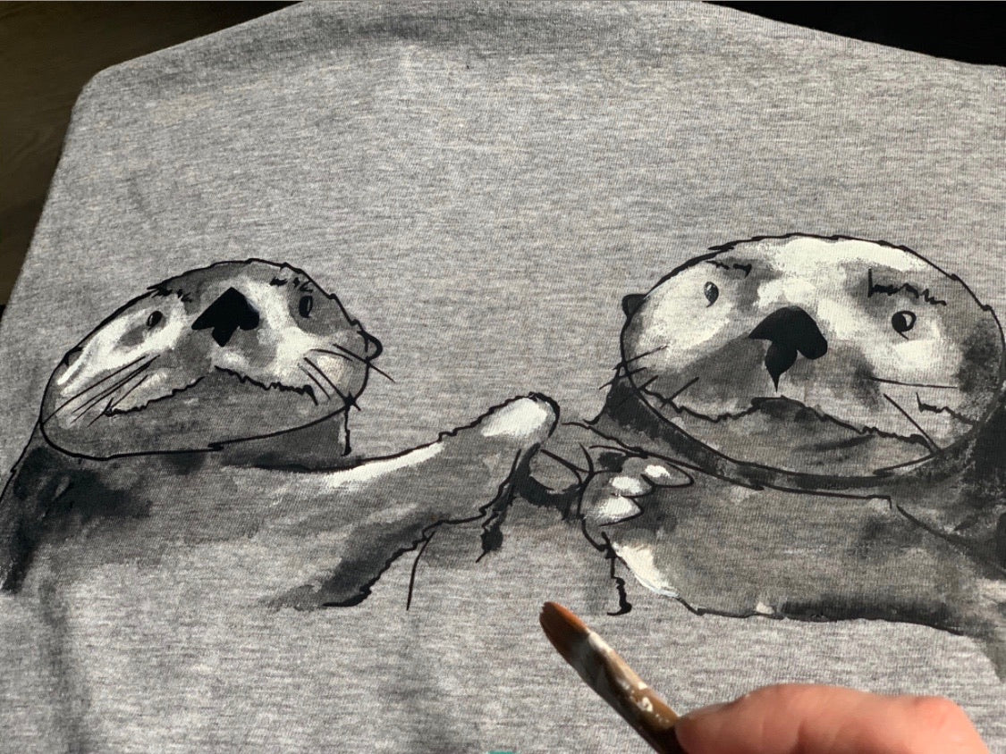 Otters holding hands raglan shirt