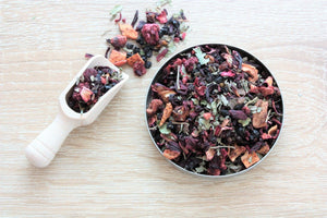 forest fruit loose leaf tea infusion