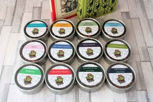 In this tea Collection for children: Peter Pan, The Railway Children, The Secret Garden, The Swiss Family Robinson,  Treasure Island, The Wind in The Willows