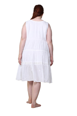 La Cera Plus Size Sleeveless Tiered Chemise