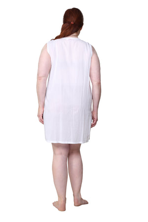 La Cera Plus Size Sleeveless Button Front Chemise