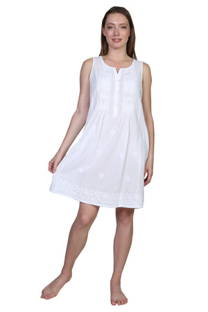 La Cera Sleeveless Embroidered Chemise