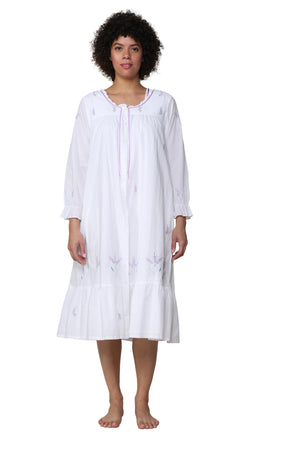 Scoop Neck Embroidered Robe