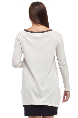 La Cera Rounded Neck Pullover Sweater Top