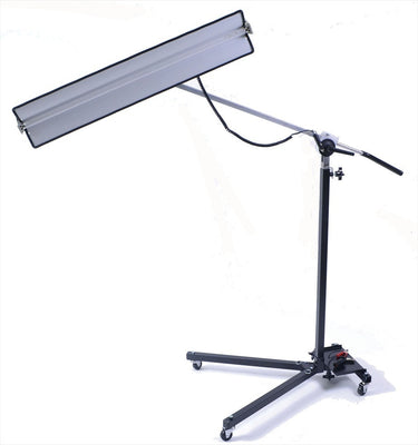 Lightweight Reverse Curvature 12-Volt Light Stand with 36