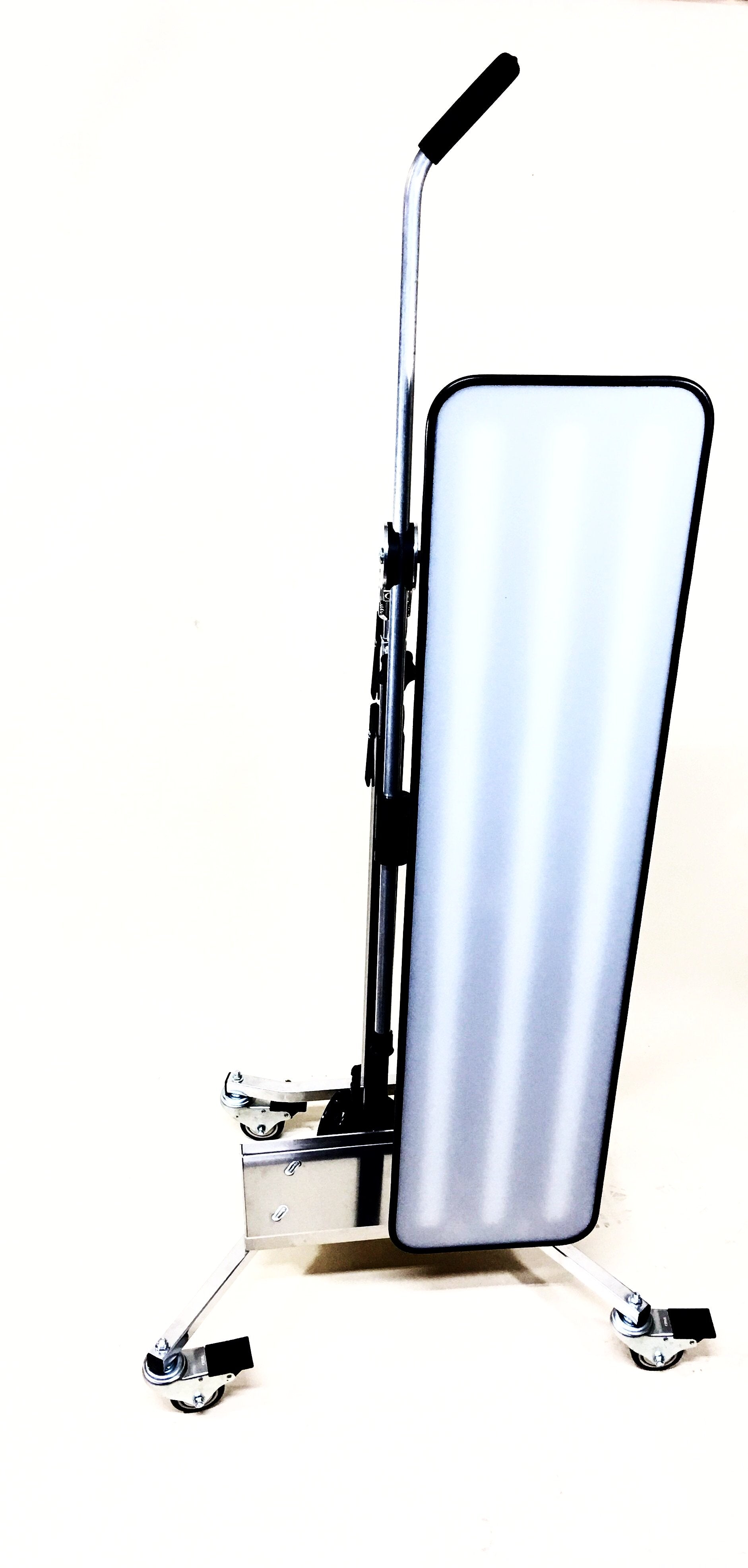 "PRO PDR Solutions 46"" Chubby HD with LS-3FH Light Stand (PPDR-CH46-LS3FH)"