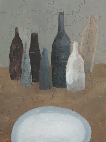 PUZZLE 269 - GRAY BOTTLES AND PLATE
