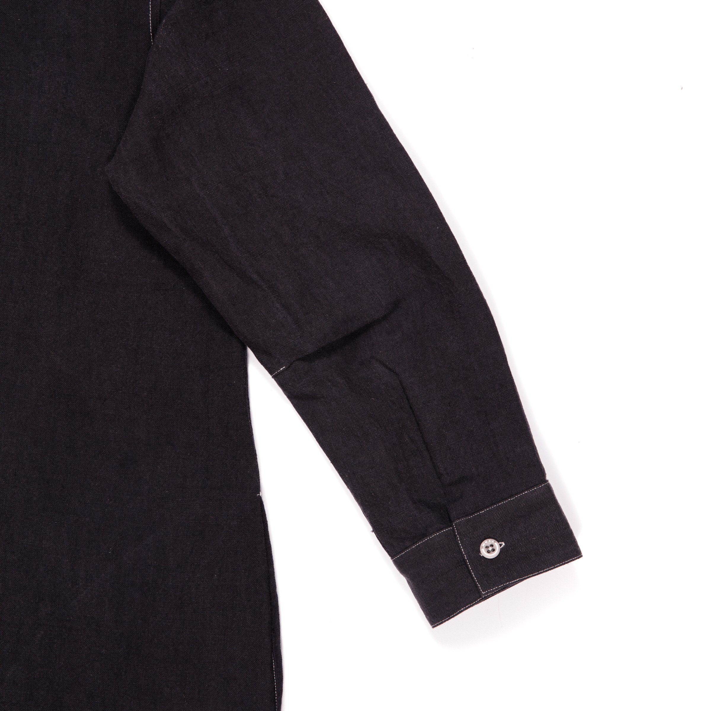 BLACK LINEN WITH STONE TOPSTITCH