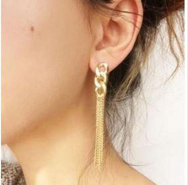 Chunky Chain Drop Earrings with Tassel