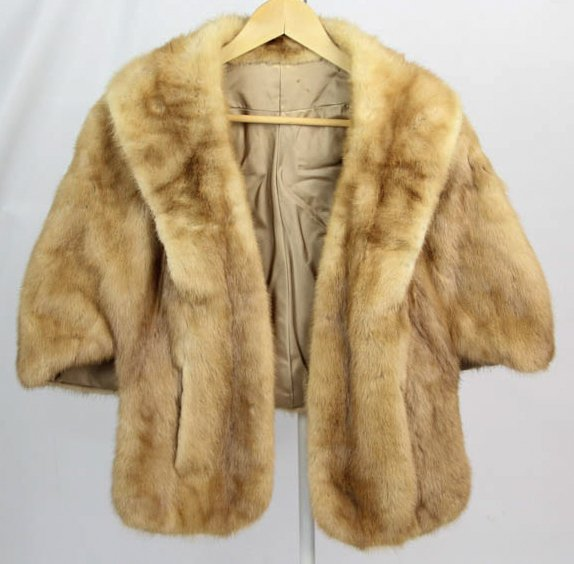 Vintage Ladies Light Blonde Tourmaline Mink Fur Jacket