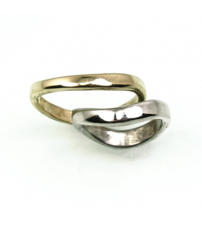 LEGB014 - 18kt Yellow Gold and Platinum Wedding Bands