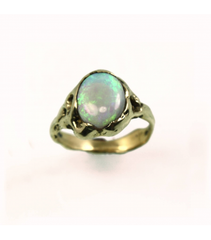 LECS044 - 14kt Yellow Gold Opal Cabochon Ring