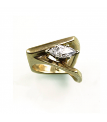 LERD016 - 14kt Yellow Gold Diamond Ring