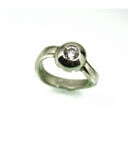LERD034 - Platinum Diamond Ring