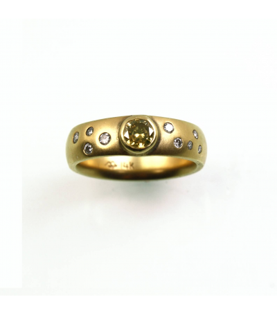 LERD042 - 14kt Yellow Gold Diamond Ring
