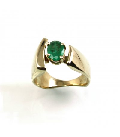 LERFS014 - 14kt Yellow Gold Emerald Faceted Ring