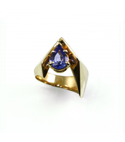 LERFS020 - 14kt Yellow Gold Tanzanite Faceted Ring