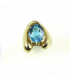 LERFS024 - 14kt Yellow Gold Blue Topaz Faceted Ring