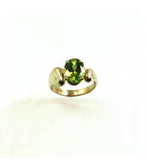 LERFS050 - 14kt Yellow Gold Peridot Faceted Ring