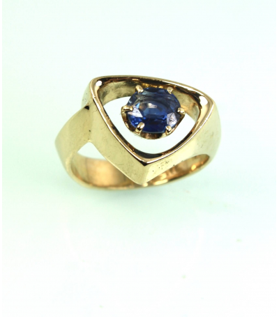 LERM012 - 14kt Yellow Gold Sapphire Mens Rings