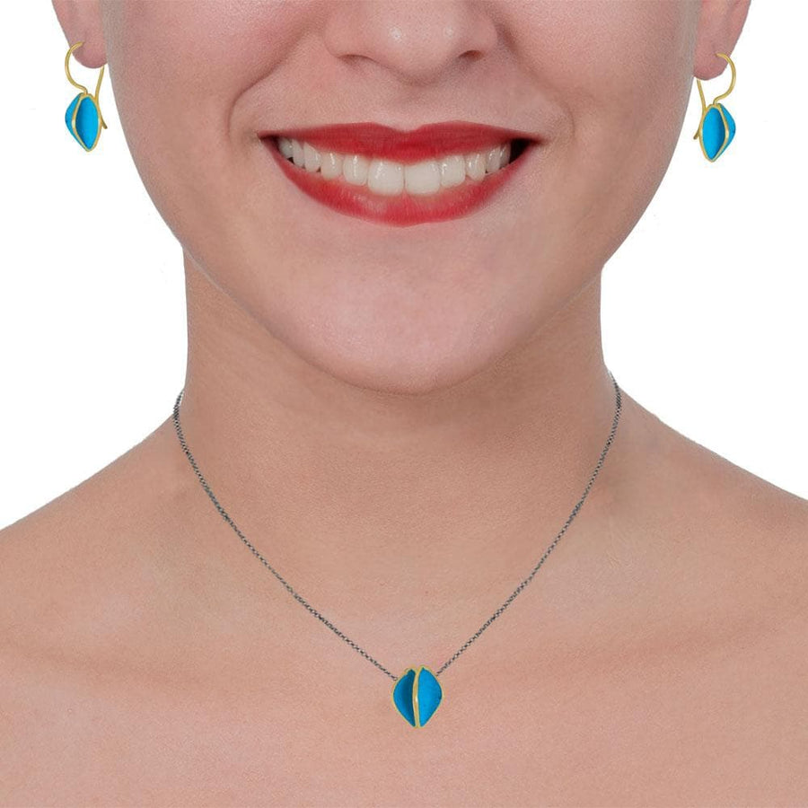 Short Black Silver Chain Necklace With Gold Plated Turquoise Pendant